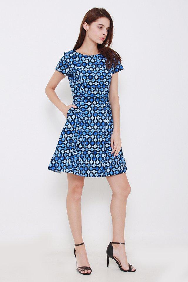 Perla Geometric Dress *PREMIUM*