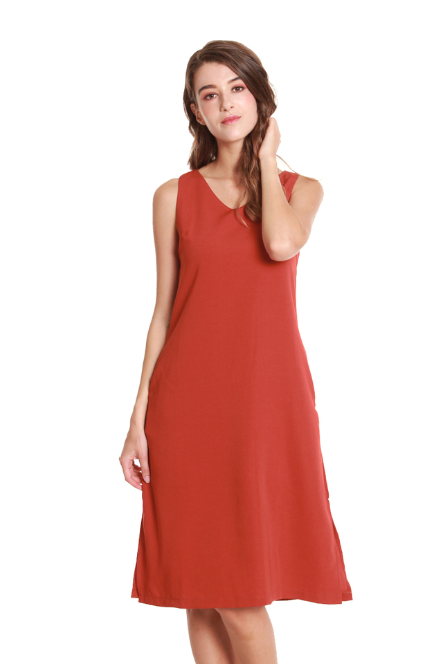 Emery Classic Sleeveless Midi Dress in Red