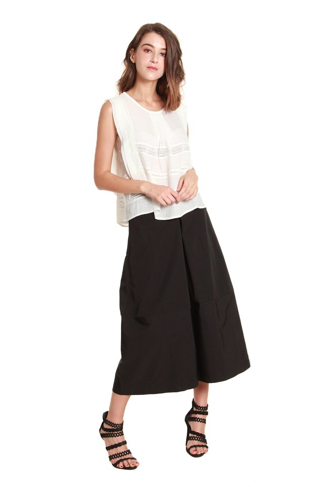 Claire Cropped Culotte Pants in Black
