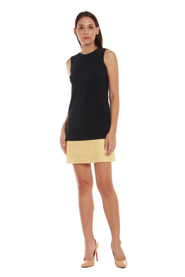 Estelle Sleeveless Colorblock Pleated Hem Dress in Navy/Yellow Pleats