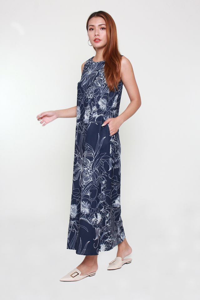 Variel Maxi Floral Dress in Navy Blue