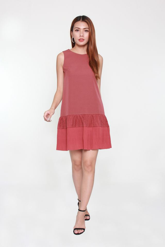Magda Sleeveless Trapeze Dress in Tea Rose