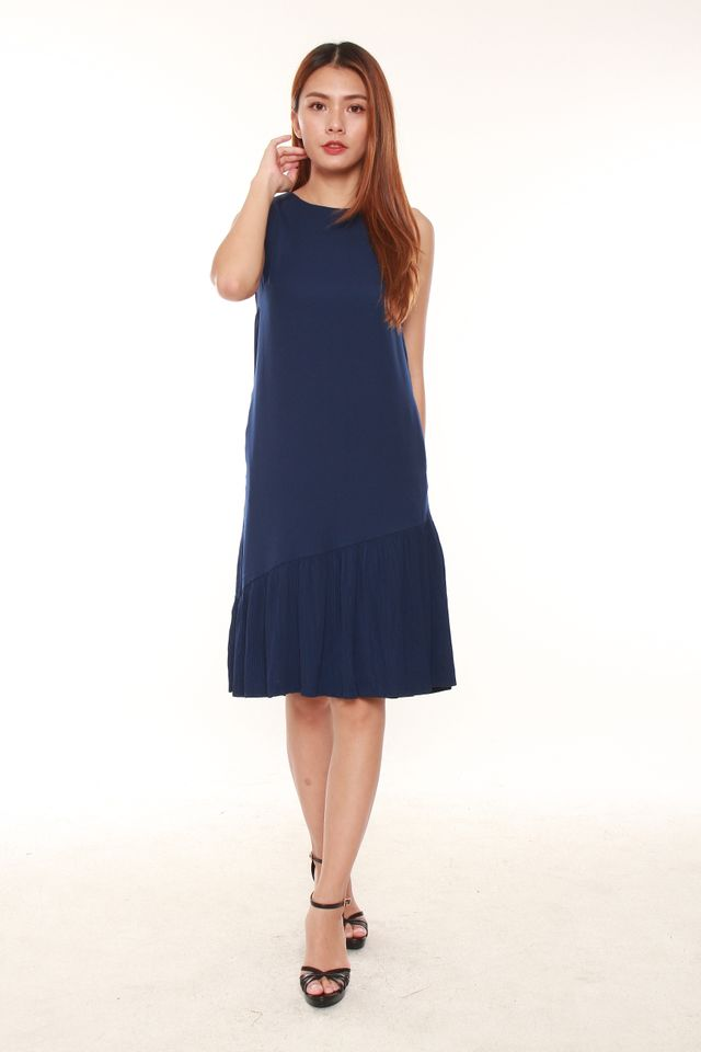 Malinda Sleeveless Sack Dress in Navy Blue