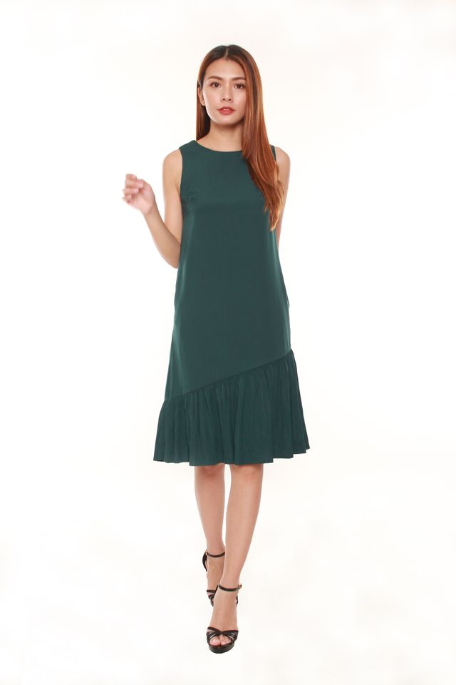Malinda Sleeveless Sack Dress in Forest Green