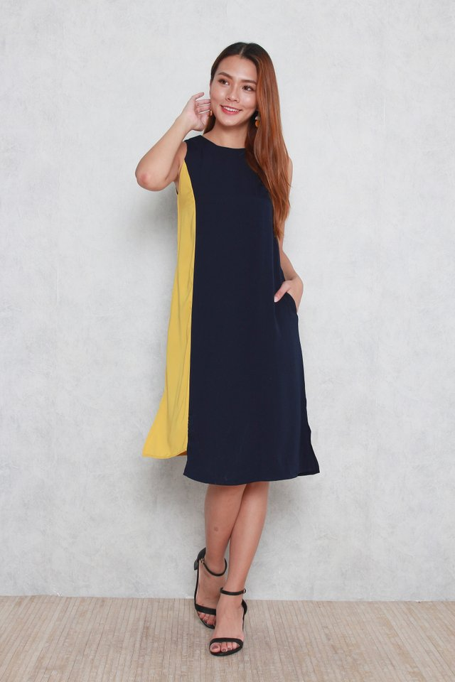 Elina Colourblock Slit Dress in Navy Blue