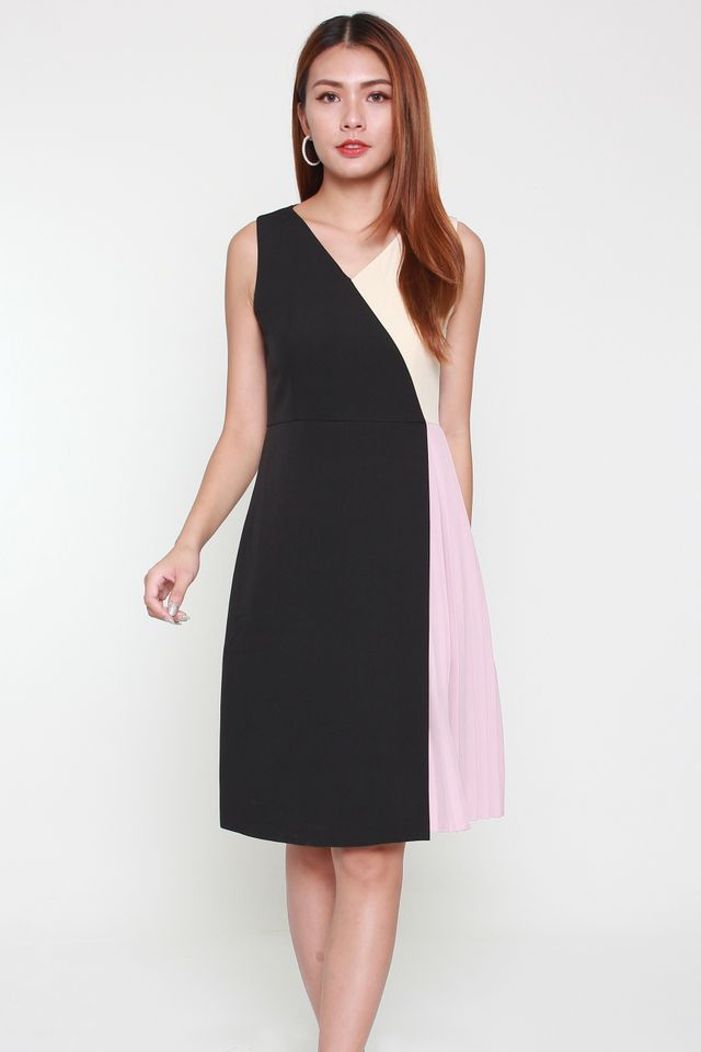 Jana V-neck Wrap Pleated Dress in Violet