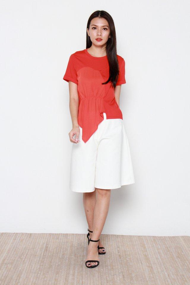 Sabriya Drape Top in Red