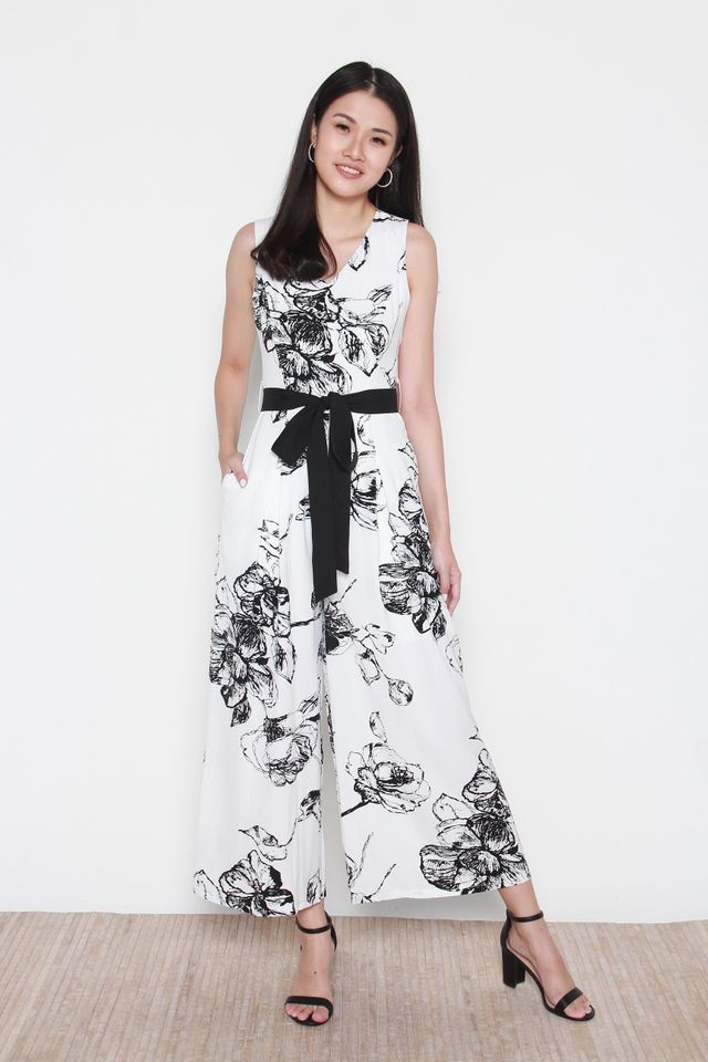 Haely Monochrome Printed Jumpsuit in White