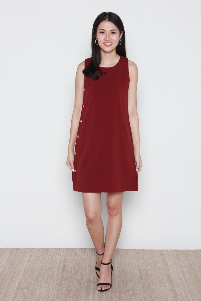 Novah Sleeveless Side Button Dress in Wine