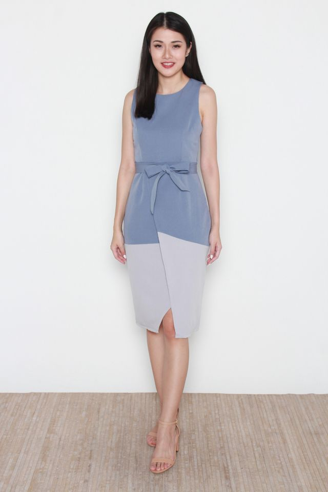Austyn Colorblock Midi Dress in Blue