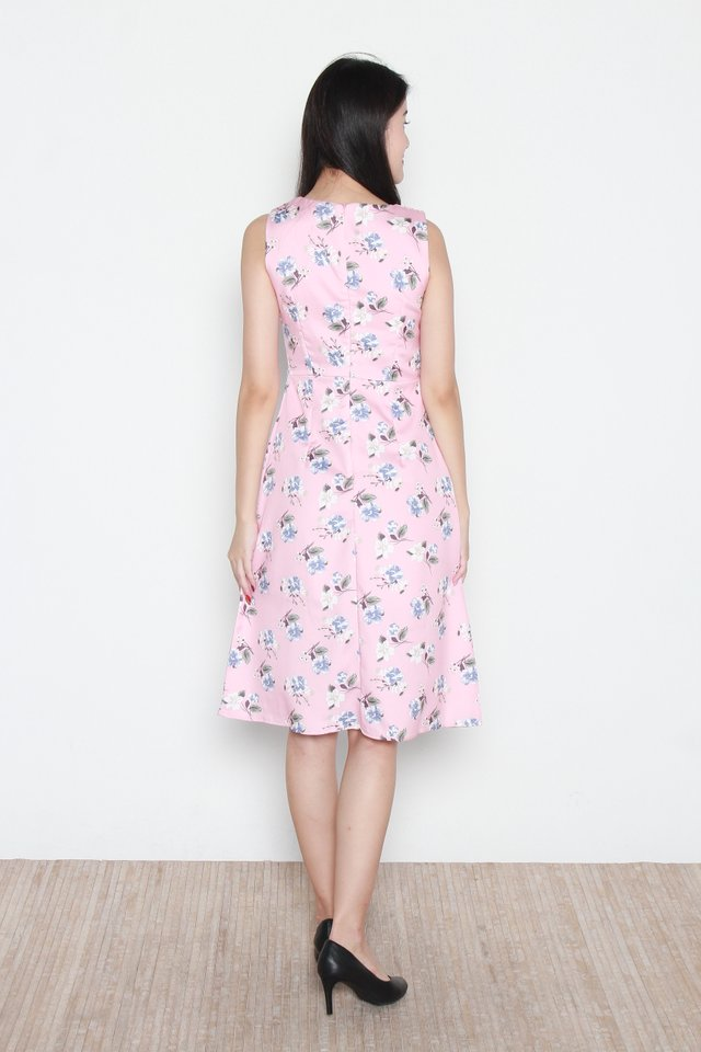 Hallie Floral Button Front Sleeveless Midi Dress in Pink