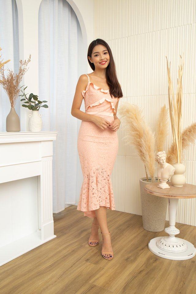 Sirena Mermaid Lace Dress in Rose Pink