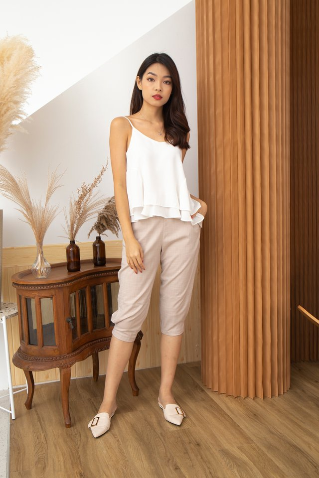 Giulia Three-Quarter Pants in Beige