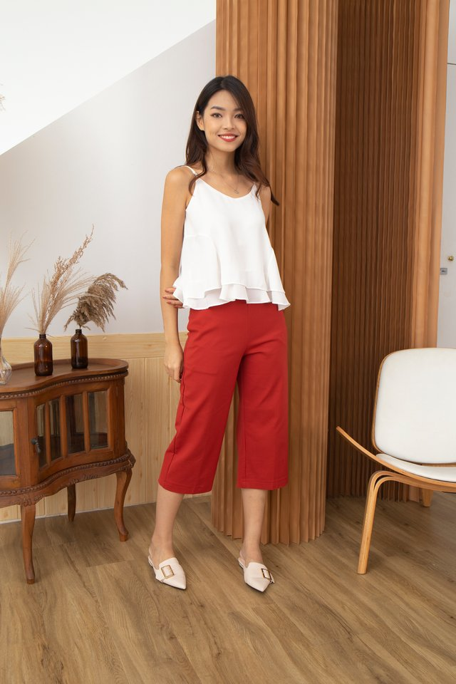Madiana Modern Cropped Pants in Red