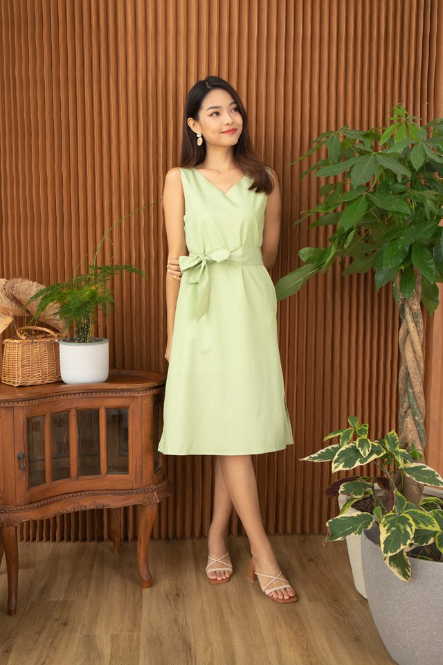 Winola V-Neck Sleeveless Midi Dress in Lime Green
